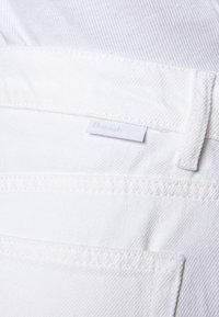 Boyish - THE TOMMY HIGH RISE STRAIGHT  - Džíny Straight Fit - vintage white - 6
