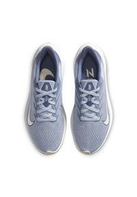 Nike Performance - ZOOM WINFLO  - Chaussures de running neutres - ghost/guava ice/summit white/world indigo - 1