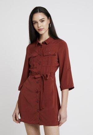 Robe d'été - dark red