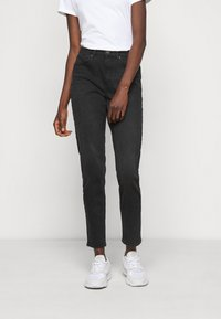 ONLY Tall - ONLVENEDA LIFE MOM - Slim fit jeans - black - 0