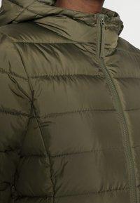 TOM TAILOR DENIM - LIGHT WEIGHT PUFFER COAT - Winter coat - deep olive green - 4
