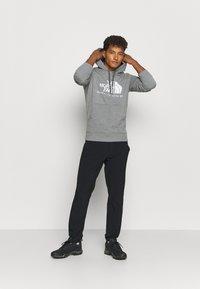 The North Face - BERKELEY CALIFORNIA HOODIE - Sweatshirt - medium grey heather - 1