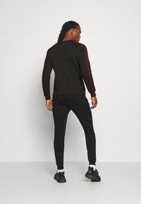 Glorious Gangsta - JAVAN CREW - Sweatshirts - black - 2