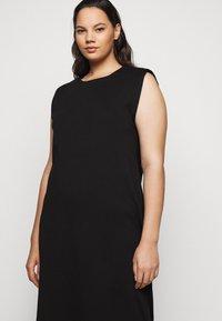 Vero Moda Curve - VMEDEN CALF DRESS CURVE - Jersey dress - black - 5