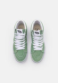 Vans - SK8-HI UNISEX - Vysoké tenisky - shale green/true white - 3