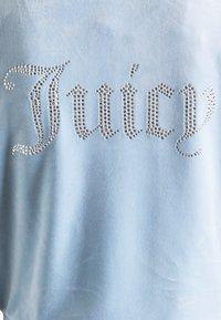 Juicy Couture - NUMERAL HOODIE - Zip-up sweatshirt - powder blue - 9