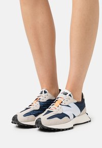 New Balance - WS327 - Joggesko - outer space - 3