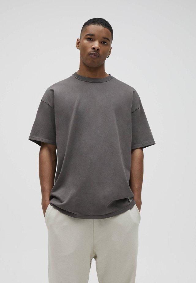 LOOSE-FIT - T-Shirt basic - mottled dark grey