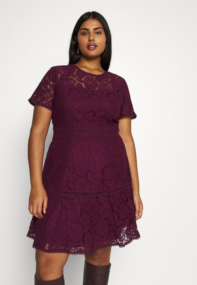 DRESS RAVISH - Cocktailjurk - mulberry