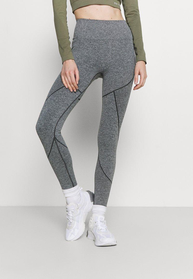 NU-IN - SEAMLESS TWO TONE HIGH WAIST LEGGINGS - Leggings - grey
