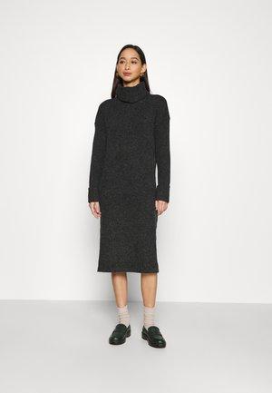 VMCARINA LONG COWLNECK DRESS - Vestido de punto - black