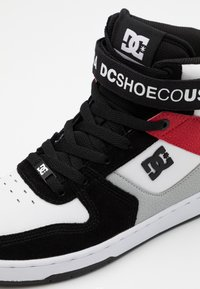 DC Shoes - PENSFORD UNISEX - Zapatillas skate - black/grey/red - 5
