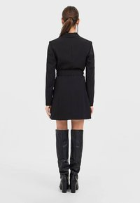 Stradivarius - Trenchcoat - black - 2