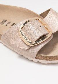 Birkenstock - MADRID BIG BUCKLE - Slippers - washed metallic/rose gold - 2