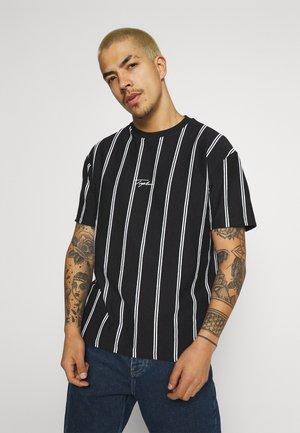 STRIPE SIGNATURE TEE - T-shirt print - black
