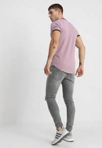Gym King - DISTRESSED - Jeans Skinny Fit - mid grey - 2