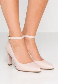 MICHAEL Michael Kors - MILA ANKLE STRAP - Classic heels - nude - 0