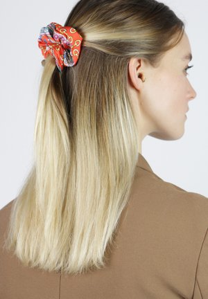 Hair styling accessory - orange