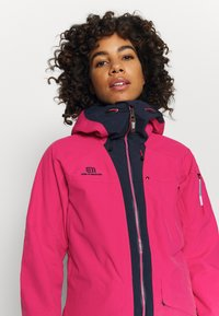 State of Elevenate - WOMENS BREVENT JACKET - Chaqueta de esquí - pink - 4