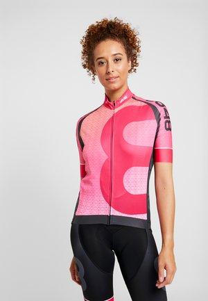 MACAU - T-Shirt print - magenta