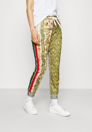PANTS - Spodnie treningowe - red/green/multicolor