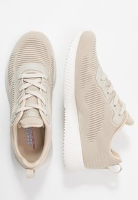 Skechers Sport - BOBS SQUAD - Zapatillas - natural - 3