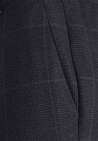 Isaac Dewhirst - CHECK UNSTRUCTURED - Costume - dark blue - 11