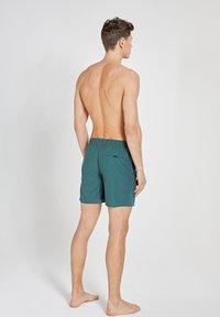 Shiwi - Swimming shorts - cilantro - 2