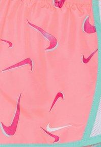 Nike Sportswear - 3D TEMPO SHORT - Shorts - sunset pulse/tropicall twist/white/fireberry - 2