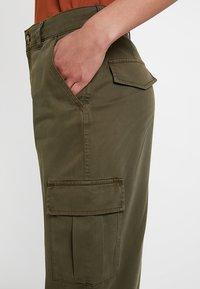 Miss Selfridge - TROUSER - Trousers - khaki - 5