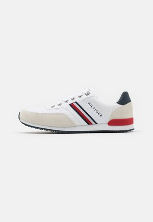 ICONIC RUNNER - Sneakers - white