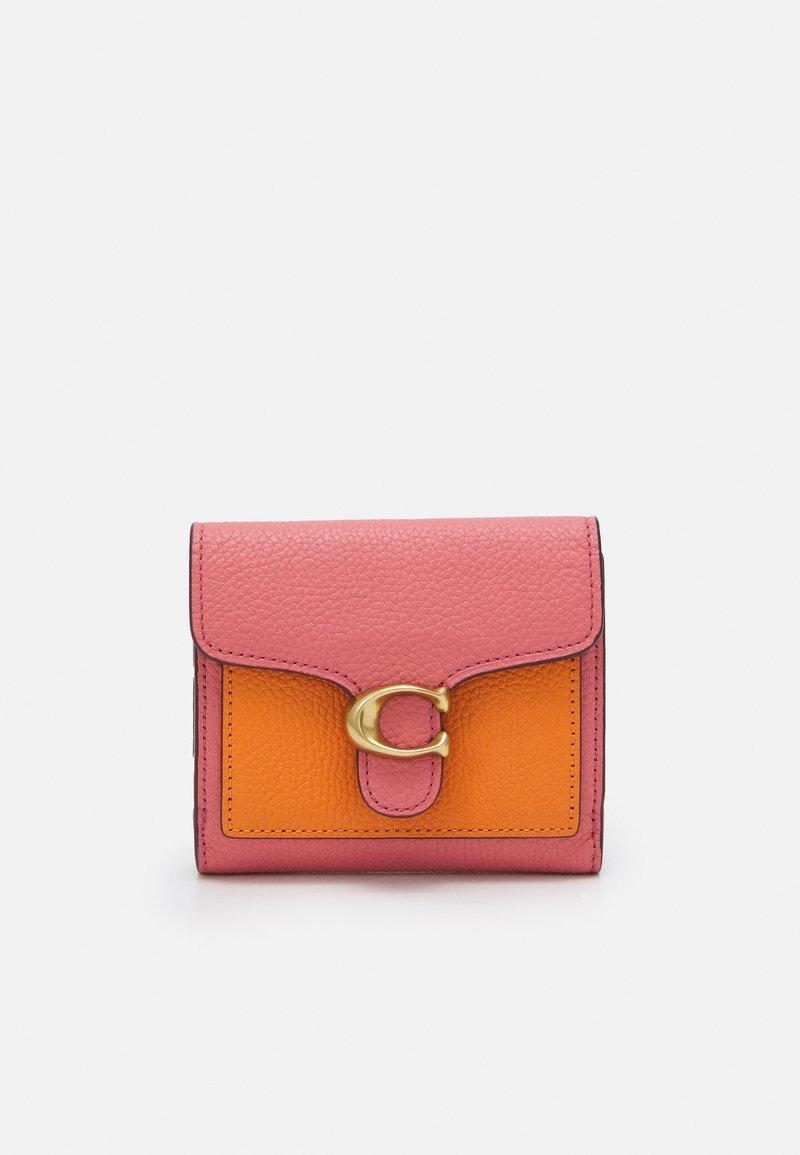 Coach - TABBY SMALL WALLET - Peněženka - taffy orange/multi