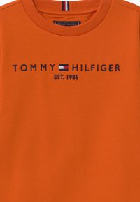 Tommy Hilfiger - ESSENTIAL UNISEX - Sweatshirt - orange - 2