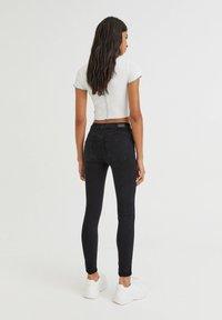 PULL&BEAR - PUSH UP - Jeans Skinny Fit - black - 5