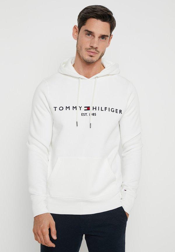 Tommy Hilfiger LOGO HOODY - Bluza z kapturem - white/biały Odzież Męska PZZI