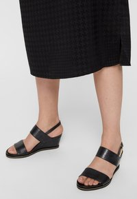 Bianco - Wedge sandals - black - 0