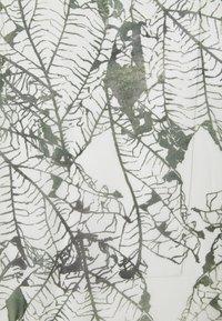 Hunkemöller - KIMONO LONG LEAF - Dressing gown - climbing ivy - 2