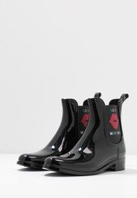 Love Moschino - RAIN BOOTIE - Gummistøvler - black - 4