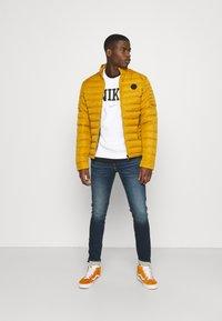 Nike Sportswear - RETRO CREW - Sweatshirt - white - 1