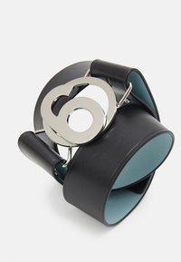 MM6 Maison Margiela - CINTURA - Waist belt - black/blue - 4