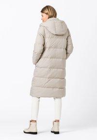 HALLHUBER - Down coat - kitt - 1