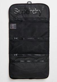 Superdry - Wash bag - black - 1