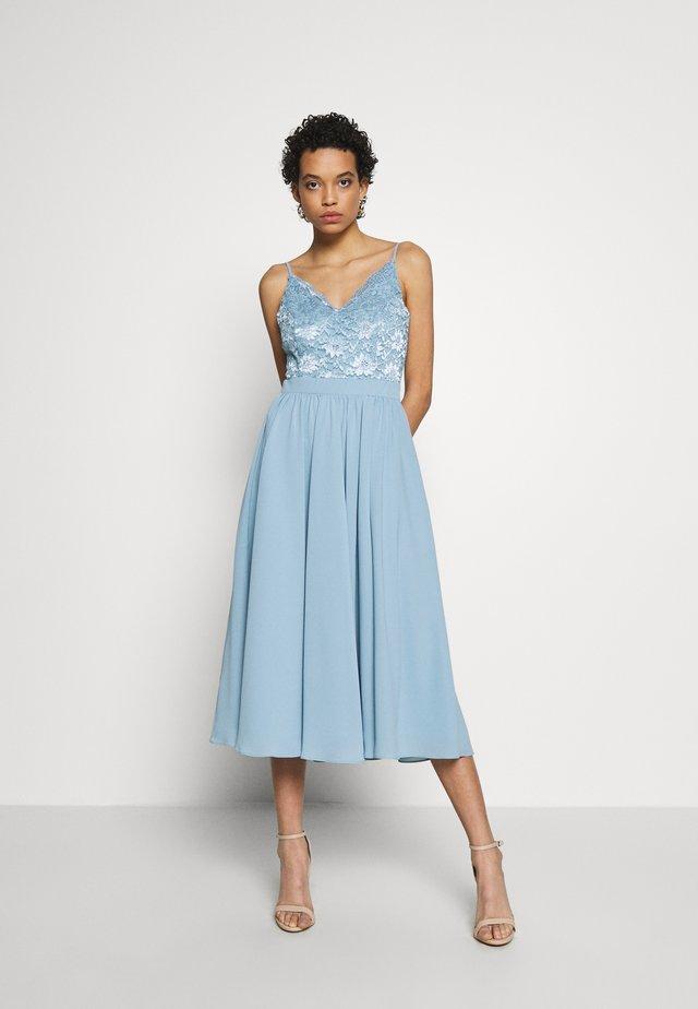 Koktejlové šaty/ šaty na párty - taubenblau