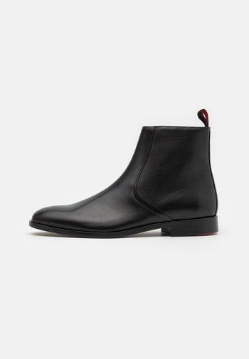 MIDTOWN - Classic ankle boots - black