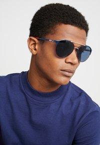 Polo Ralph Lauren - Sunglasses - navy blue/red/white - 1