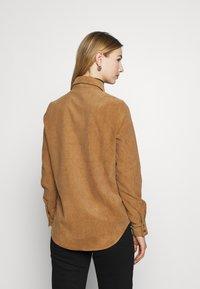 Vero Moda - VMSYLVIA - Button-down blouse - tobacco brown - 2