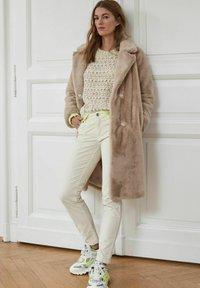 Oui - Trousers - whitecap gray - 4