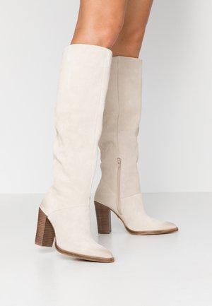 NEW AMERICANA - High Heel Stiefel - sand