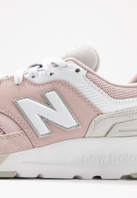 New Balance - CW997 - Trainers - pink - 2