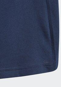 adidas Originals - TREFOIL - Print T-shirt - conavy/white - 3
